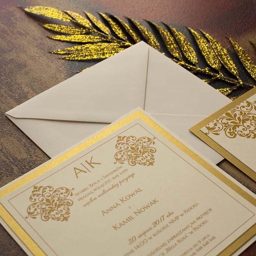 Zaproszenia jednokartkowe ze złotym ornamentem