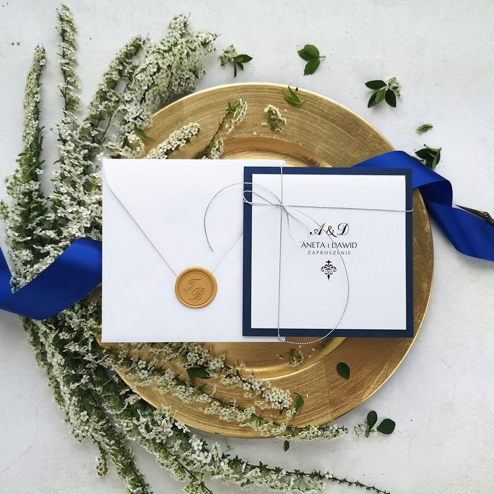 Klasyczne zaproszenie ślubne navy blue