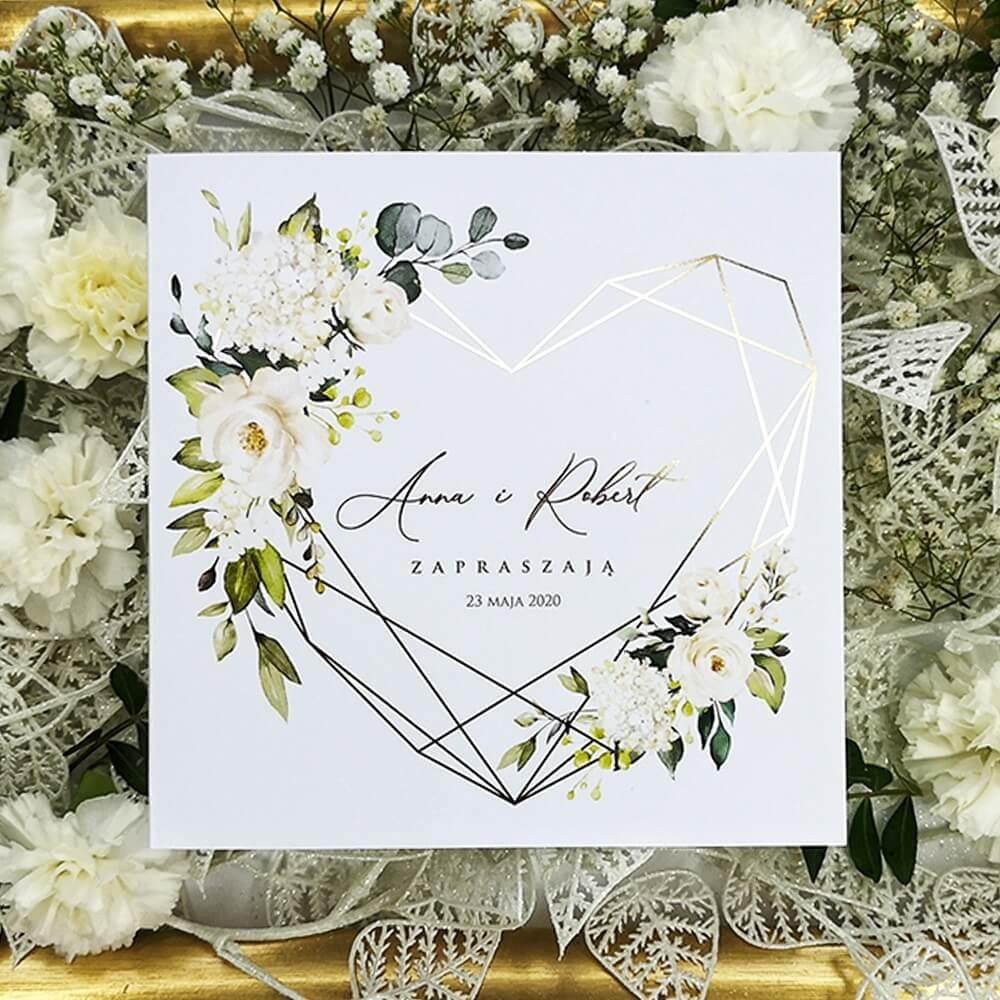 Złocone zaproszenie z geometrycznym sercem i kwiatami róży
