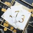 Numerki na stoły weselne złocone