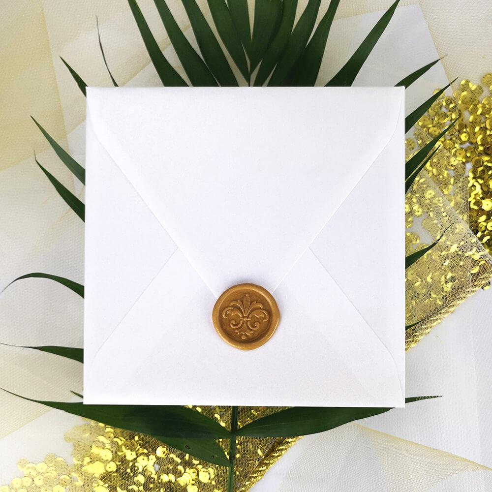 złota pieczęć lakowa wykonana ręcznie