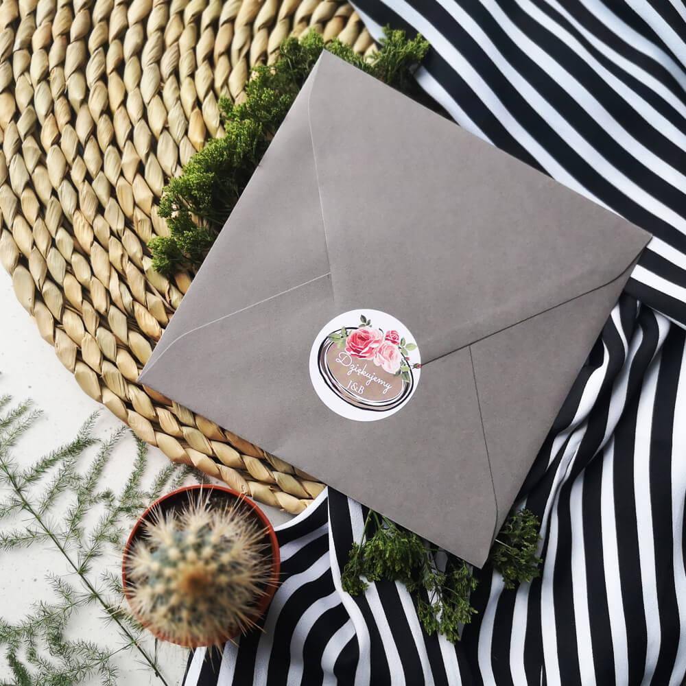 kolorowa naklejka na kopertę weselną