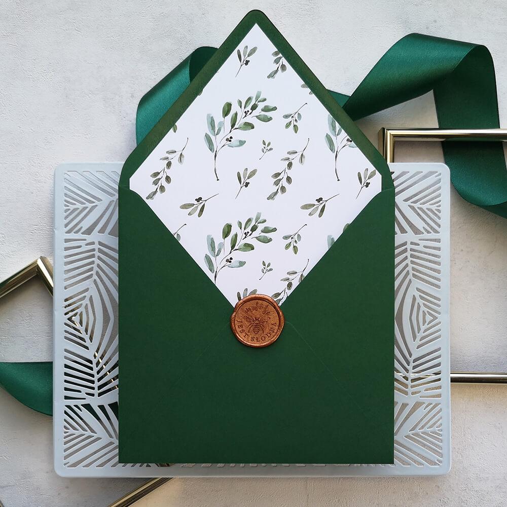 ozdobna wkładka do koperty ślubnej z motywem gałązek oliwnych