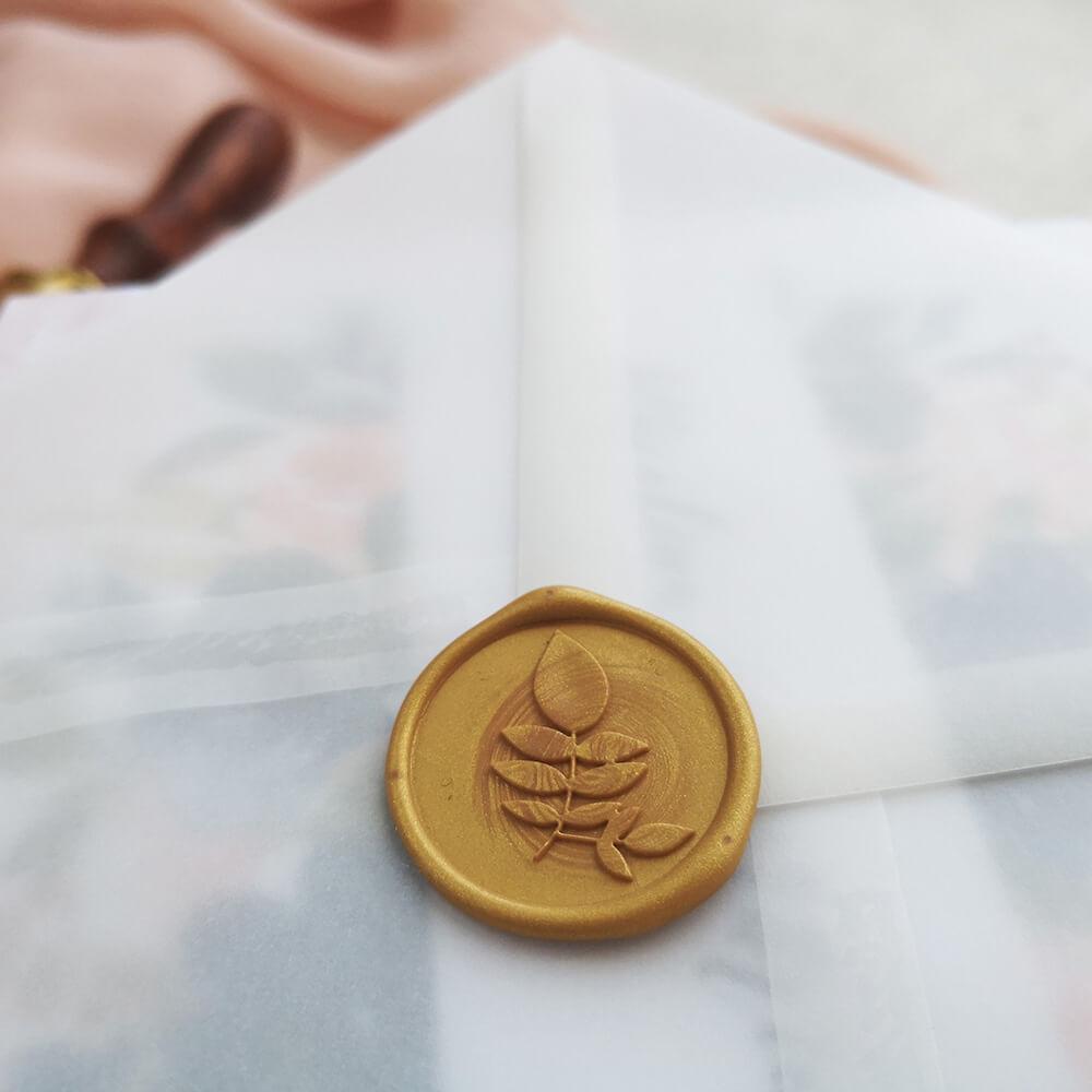 ręcznie wykonany lak na kopertę ślubną