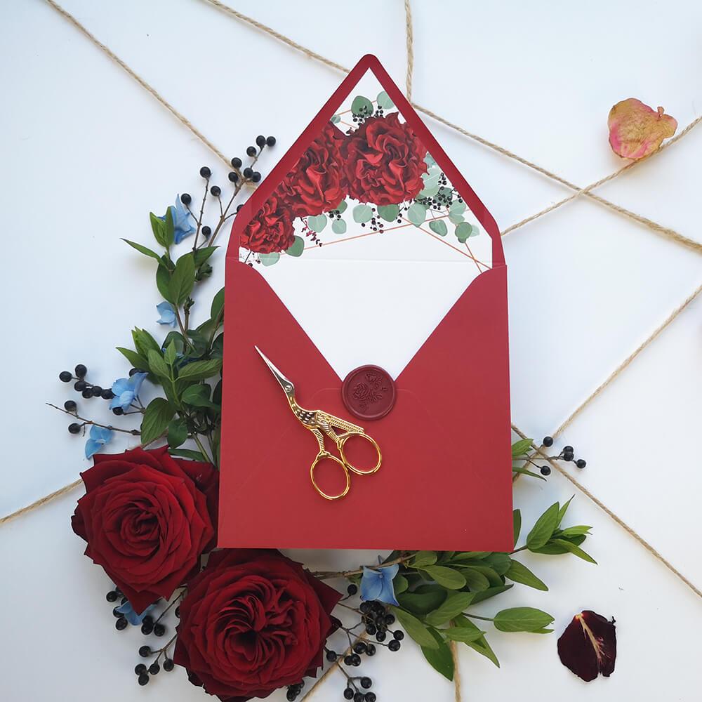 Bordowa koperta z elegancką wklejką