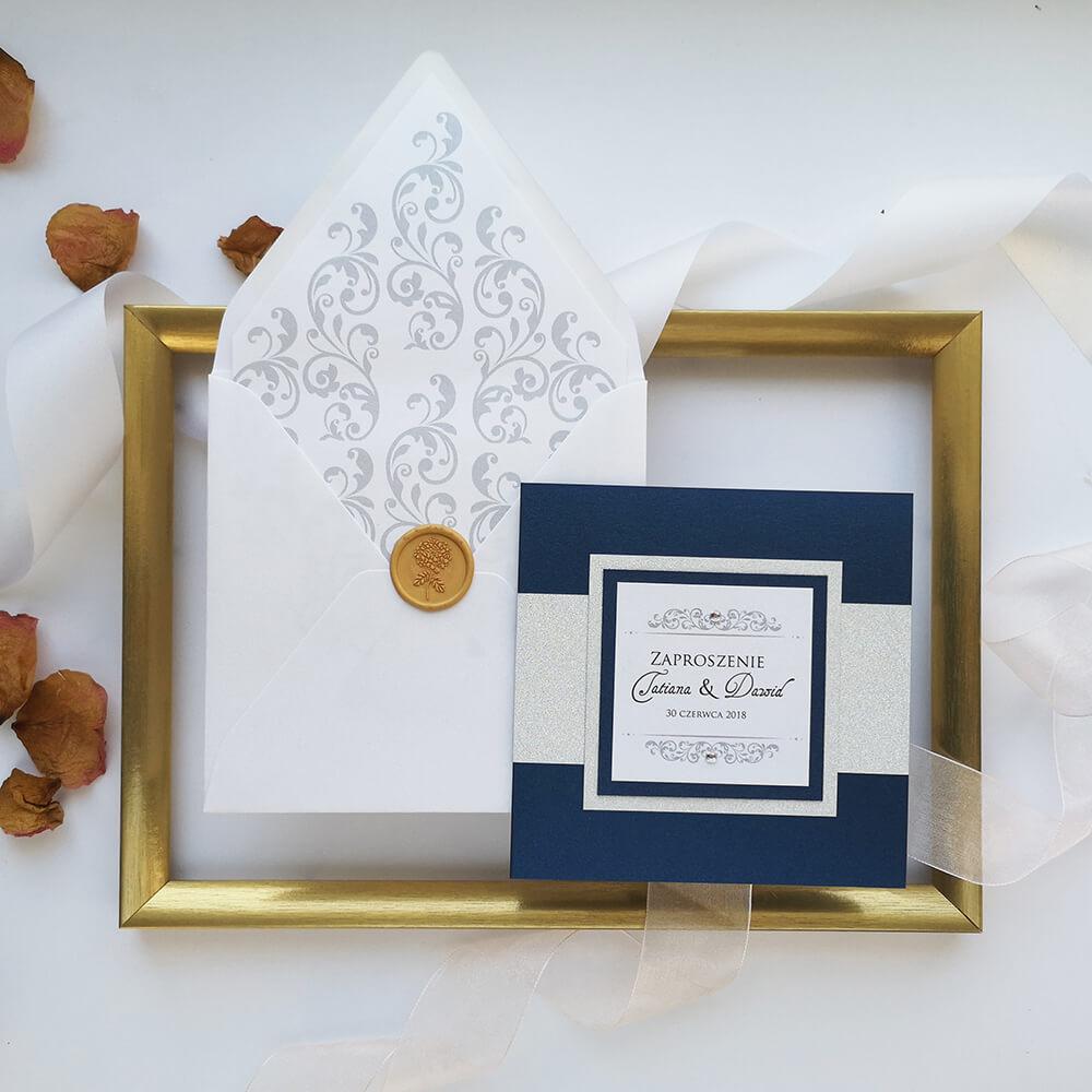 piękne zaproszenie na ślub z kopertą i elegancką wkładką