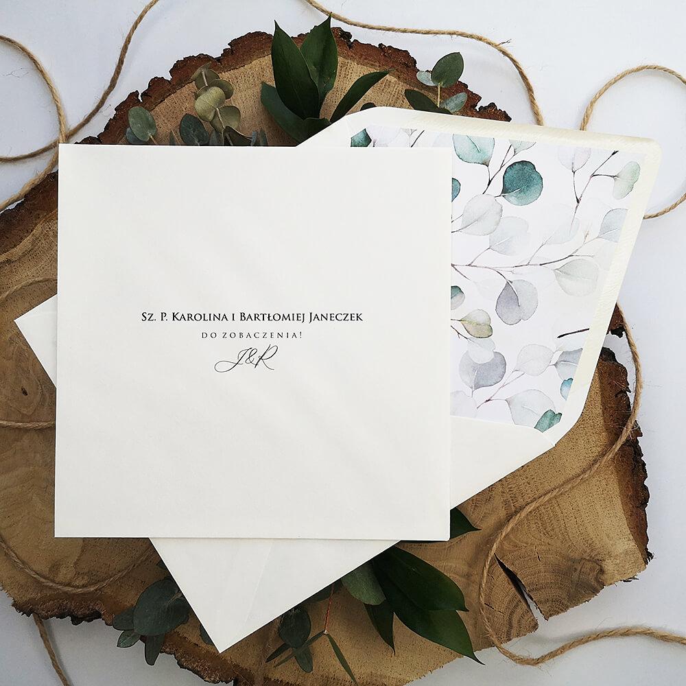 Lista gości weselnych wydrukowana na ozdobnej kopercie weselnej